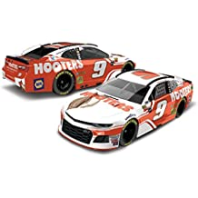 Lionel Racing Chase Elliott 2018 Hooters NASCAR Diecast 1:64 Scale