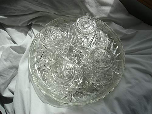 (Vintage Anchor Hocking Prescut Star of David Set of 4 Snack Plates and Cup)
