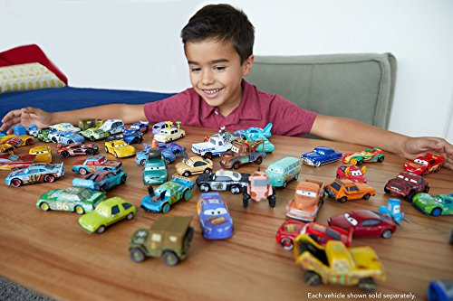 Disney Pixar Cars Deluxe Mack