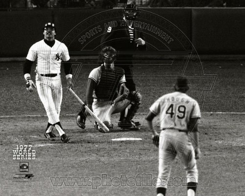 Reggie Jackson New York Yankees 1977 World Series Game 6 3rd HR Photo (New York Yankees Team Pictures)