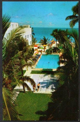 Pool at The Georgian Hotel Lincoln Road Mall Miami Beach FL postcard - Fl Miami Malls