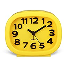 HENSE 3D Modern Decorative Arabic Numerals Clock Mute Silent Quiet Non Ticking Analog Quartz Alarm Clock with Night Light HA63 (Yellow)