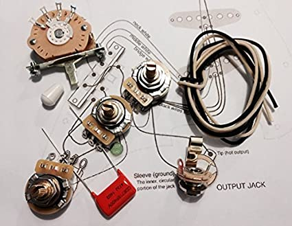 amazon.com: deluxe wiring kit for fender strat - .047 orange drop cap -  stratocaster: musical instruments  amazon.com