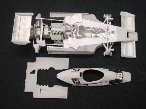 model-factory-hiro-1-20-renault-rs01-formula-1-model-kit