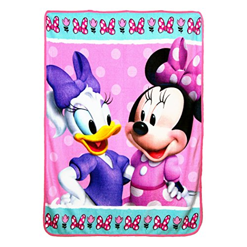 - Disney's Minnie's Bowtique,