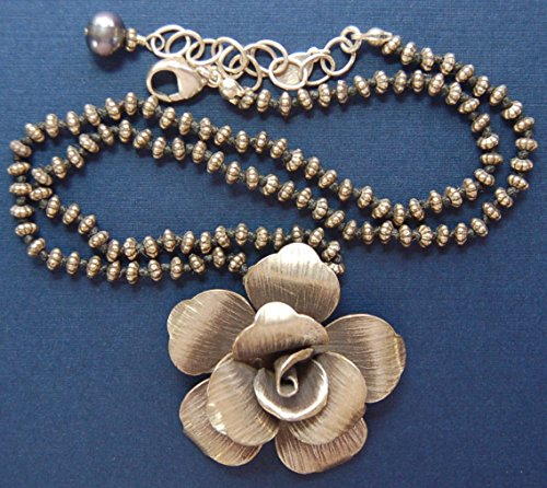 Hand knotted Bali beads and Fine silver Hill Tribe rose pendant and 1 fresh water pearl necklace (Hill Tribe Silver 7mm)