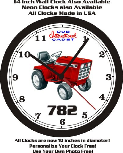 INTERNATIONAL CUB CADET 782 WALL CLOCK-FREE US - International Cost Of Mail