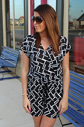 Gilli Womens White and Black Romper Love'n Me