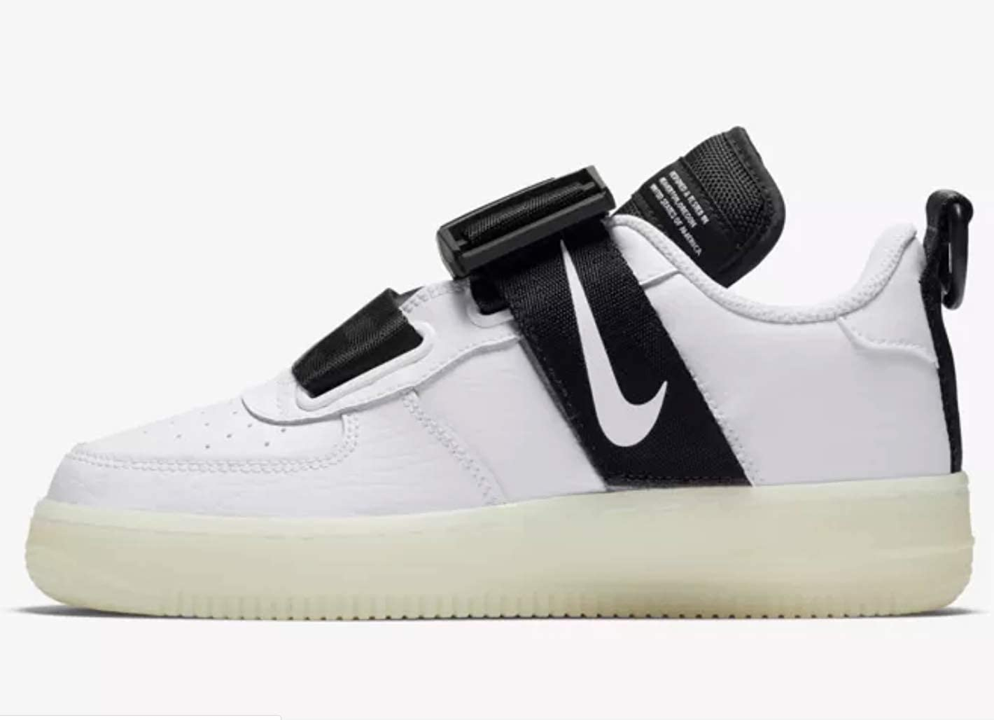 769823d56467e Amazon.com | Nike Air Force 1 Utility Qs (gs) Big Kids Av7593-100 Size 7 |  Basketball