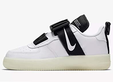 bcc389d8f762e Amazon.com | Nike Air Force 1 Utility Qs (gs) Big Kids Av7593-100 ...
