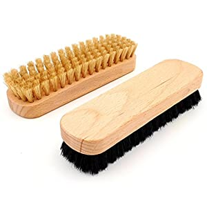 DELARA 9-piece shoe polish set with wooden brushes and natural bristles