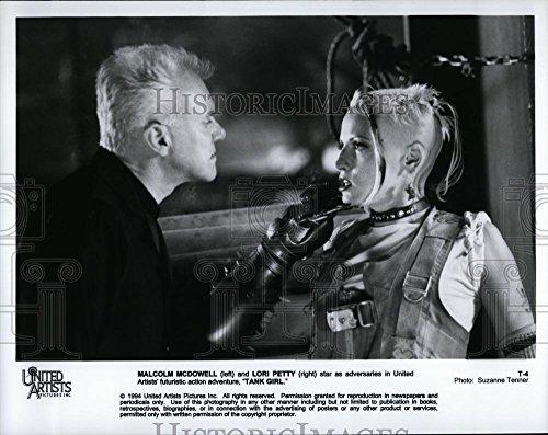 1994 Press Photo Malcolm McDowell Lori Petti Actors movie Tank Girl
