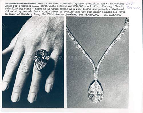 Vintage Photos 1969 Photo Elizabeth Taylor Actress Celebrity Auction White Diamond Jewelry 7x9
