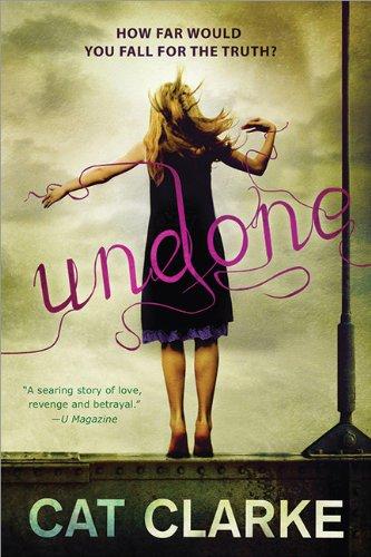 """""""Undone"""" av Cat Clarke"""