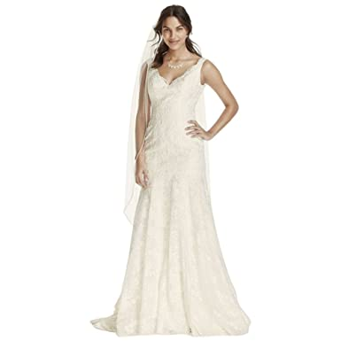 90ebb7cd72 Sample  As-is Lace Wedding Dress with Scalloped V-Neck Style AI12030051