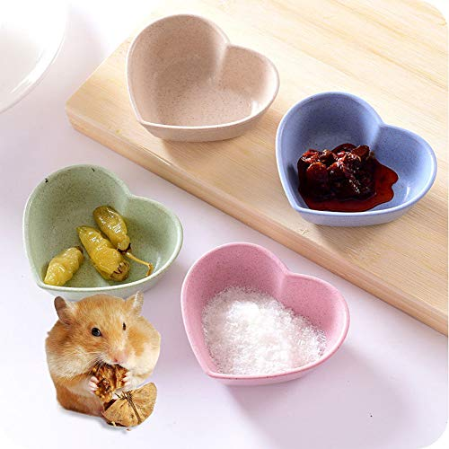 FairOnly Mini Wheat Straw Club Relish Plate for Pickles Sauce Kitchen Accessories Heart-shaped green