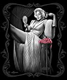 Marilyn Monroe Signature Collection Super Soft Queen Size Plush Blanket - Sitting Pretty 79'' x 95''
