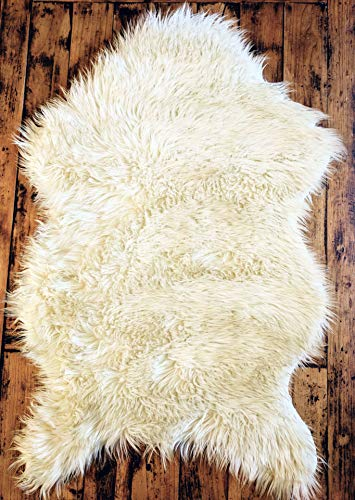 Delectable Garden Soft White Faux Sheepskin Fur Chair Couch Cover Area Rug Baby Blanket for Bedroom Floor Sofa Living Room 2 x 3 Feet (Natural) from Delectable Garden