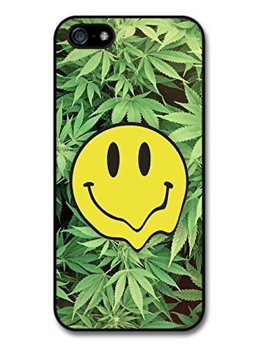 Acid Smiley Emoji on Cannabis Leaf Stoner Design coque pour iPhone 5 5S