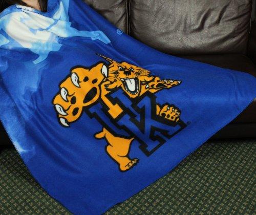 University of Kentucky Wildcats NCAA Fleece Throw Blanket by Northwest ()