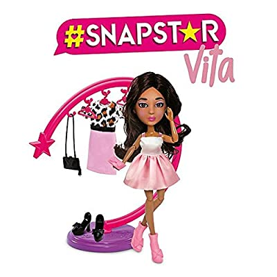 Fabulous Fashions #SNAPSTAR VITA Doll with Clothing Rack & Accessories: Toys & Games