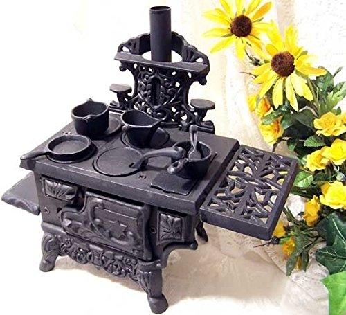Miniature Cast Iron Stove (Antique Style Cast Iron Cooking Oven Pots Pans Set Miniature Wood Burning Stove)