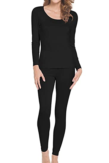 c664347e04 WiWi Women s Bamboo Thermal Underwear Sets Long Johns Base Layer Top and  Bottom S-XL at Amazon Women s Clothing store