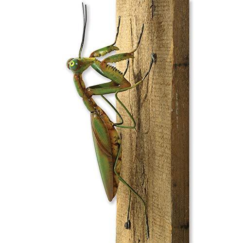 Bits and Pieces - Praying Mantis Tree Hanger - Durable Garden Peeker Yard Art - Tree Sculpture Garden Decoration
