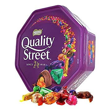 quality street  : Nestle Quality Street Tin Extra Large, 900 gram Can ...