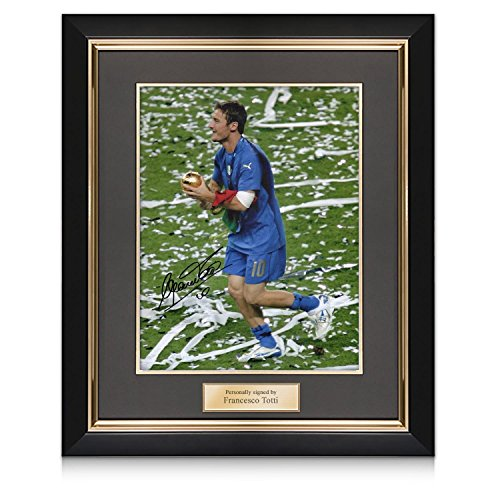 Francesco Totti Signed Italy Photo: World Cup Winner In Deluxe Black Frame With Gold Inlay 2006 Italy World Cup