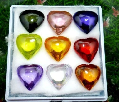 powerful-real-thai-buddha-9-colorful-gems-heart-shaped-naga-eye-nop-phra-kao-crystal-amulet