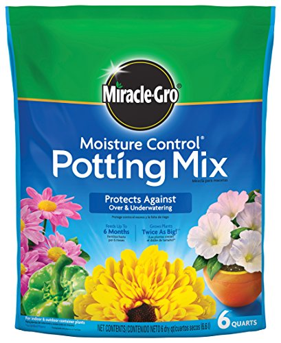 (Miracle-Gro 70176250 Moisture Control Potting Soil, 6 QT )