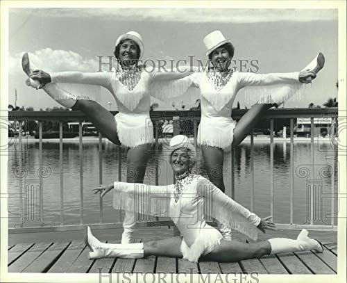 1985 Press Photo Calendar page of Pom Pom dance troupe lovelies, United States. - Historic Images