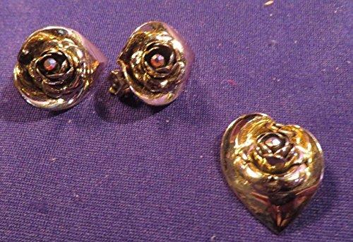 Vintage Gold Tone Rose Shap Clip On Earrings & Pendant Set ()