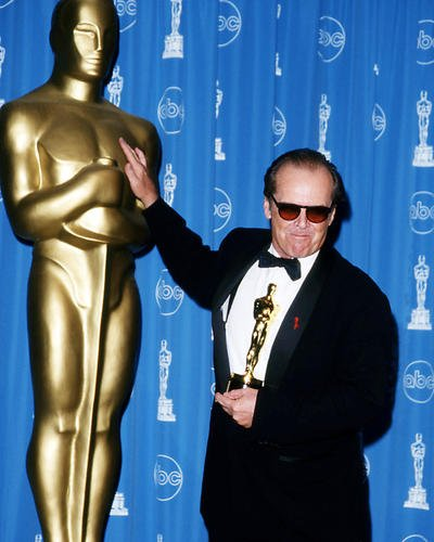 Jack Nicholson 16x20 Poster in tuxedo and sunglasses holding Academy - Nicholson Jack Sunglasses