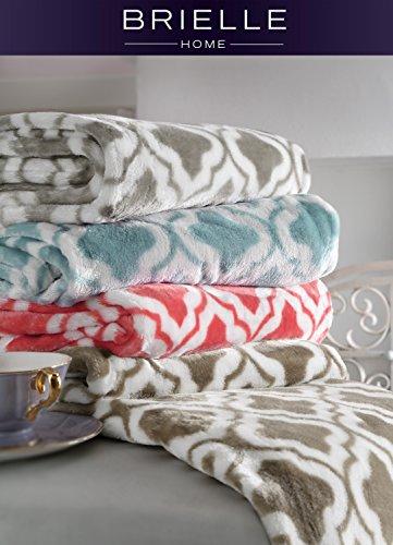 Brielle Quatrefoil Velvet Plush Heavy Fleece Throw, 50 by 60 inches, Grey ()