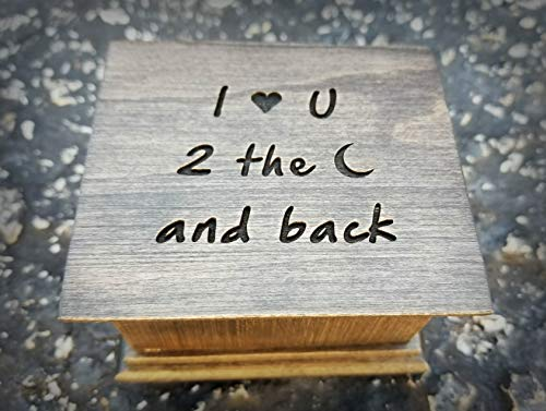 Music box with I love you to the moon and back engraved on the top, with your choice of color and song, great Christmas ()