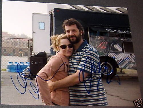 LESLIE MANN JUDD APATOW SIGNED AUTOGRAPH KNOCKED PHOTO