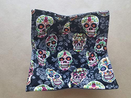 Sugar Skull Microwave Bowl Cozy Día de Muertos Reversible Microwaveable Pot Holder Day of the Dead Bowl Holder Day of the Dead Kitchen Linens Skull Home Decor Gifts Under 10 Halloween Hostess Gift