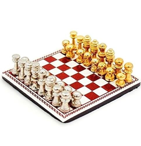 EatingBiting(R) Vintage 1:12 Dollhouse Miniature Doll Metal Chess Set 32 Chesses and Chessboard Dollhouse Decoration Accessories Charming Elegant 1/12 Chess Board Set Game Prop Toys
