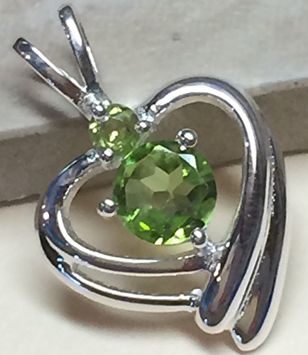 Natural 1ct Peridot 925 Solid Sterling Silver Designer Heart Pendant 22mm