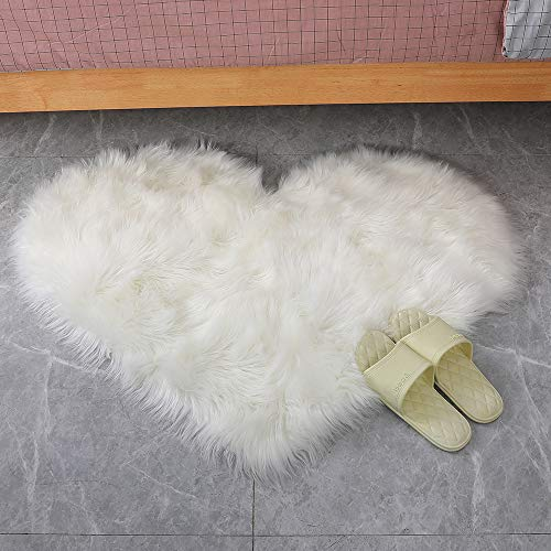 Villsure Heart Shaped Love Area Rug, Cozy Shaggy Plush Floor Mat for Bedroom Floor Living Room Dormitory Home Decoration White Fluffy Sofa Throw Chair Cover Bedside Carpet 2.3ft x 3ft, Love Shape (Best Way To Clean Leather Car Seats Naturally)