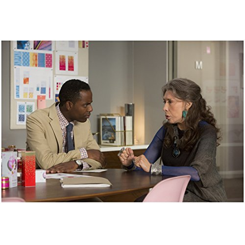 grace-and-frankie-lily-tomlin-seated-and-talking-with-baron-vaughn-8-x-10-inch-photo