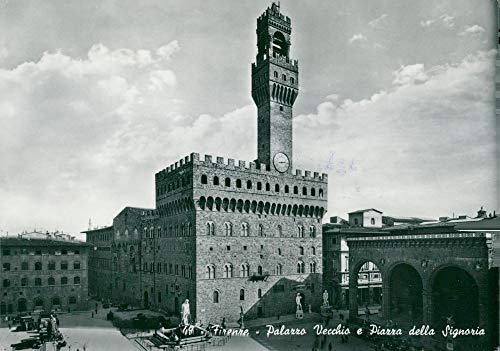Vintage photo of Palazzo Vecchio in Florence - postcard ()