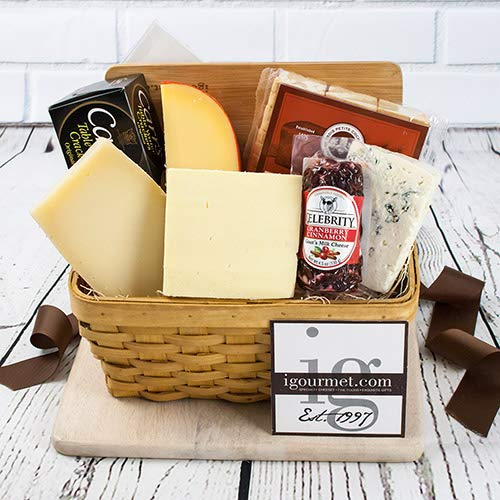 Say Cheese! Gift Basket (2.48 pound) (Dutch Cheese)