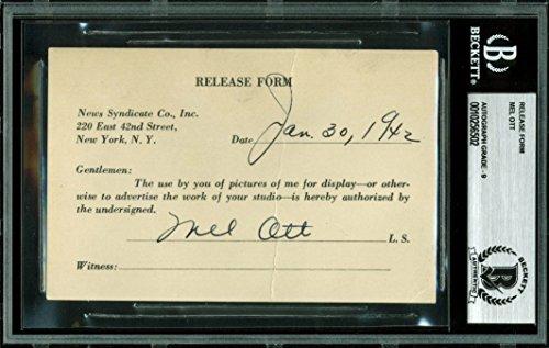 1942 Mint (Giants Mel Ott Signed 3.25x5 1942 Release Form Auto Graded Mint 9! BAS Slabbed)