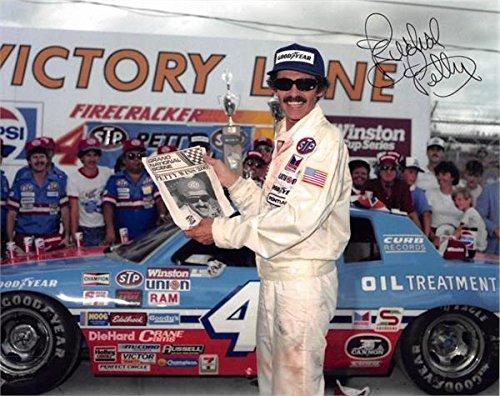(Richard Petty autographed 8x10 photo (Auto Racing NASCAR) Image #AWR25)