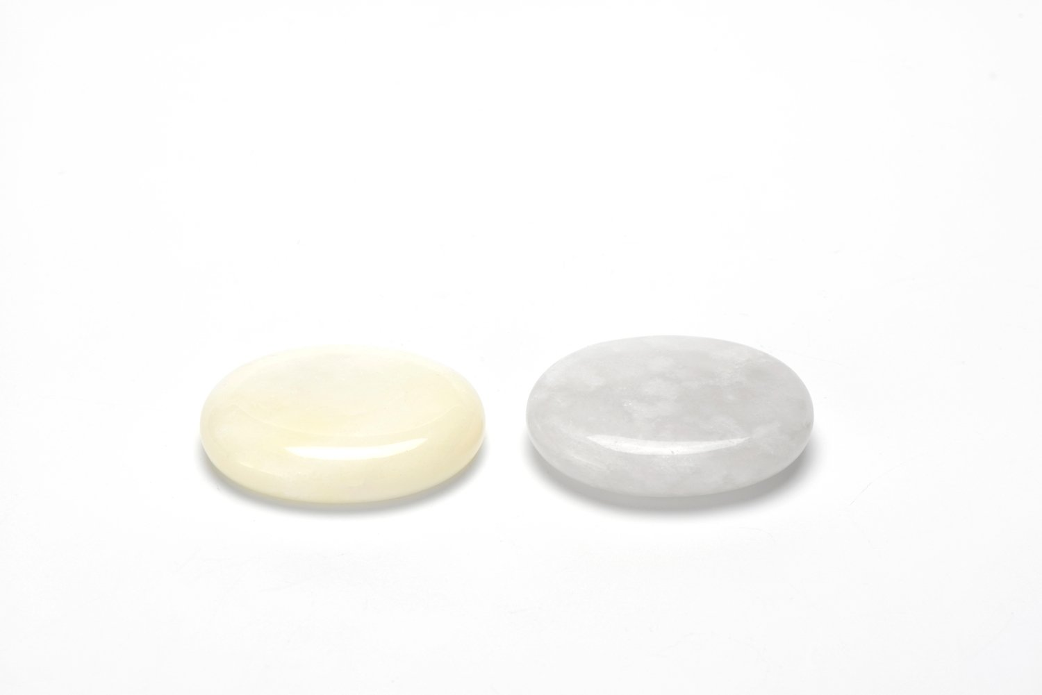 Aboval 2 Pcs Professional Large Massage Stones Natural Marble Hot & Cold Stone for Spa, Massage Therapy (3.14 x 2.36 in) by Aboval (Image #3)