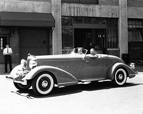 1932 Chrysler Imperial (1932 Chrysler Imperial Custom Factory Photo)
