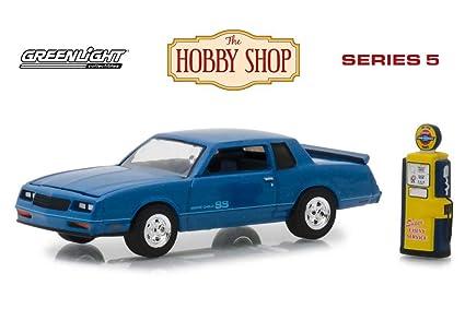 Ss Monte Carlo >> Amazon Com 1984 Chevy Monte Carlo Ss With Vintage Gas Pump